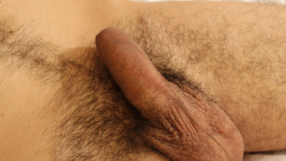 Hairy Alt Stud Sprays His Pubes Then Takes a Piss